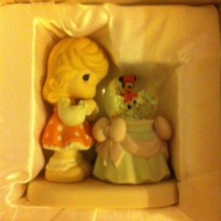 precious moments disney minnie arent you sweet 710036 returns not
