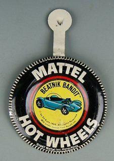 800 Original 1967 Hot Wheels Pin Badge for BEATNIK BANDIT Redline Car