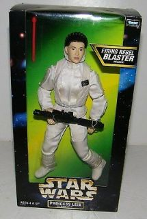 STAR WARS Action Collection Princess Leia Hoth Gear 12 Action Figure