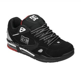 MENS DC VERSAFLEX SKATE SHOES NIB BLACK/WHITE/ATHLETIC RED (BWA)