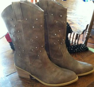 women s gold cowboy boots with rhinestones new in box