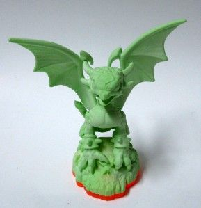 Activision Skylanders Giants Cynder Glow in The Dark New Out of Box