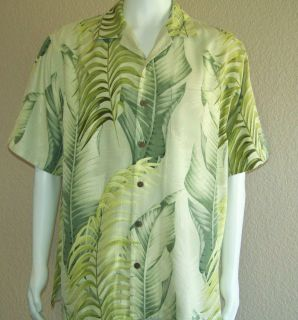 TOMMY BAHAMA Mens 100% PATTERENED SILK Camp Shirt MATCHED Print (M