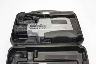 PANASONIC AG 456UP S VHS REPORTER Video Camera w/ Carrying Case