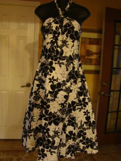 Bethany Black & White Hawaiian Hibiscus Empire Waist Halter Dress Size