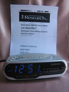 Research cks 1850 Smartset Am FM Alarm Clock Radio with Manual