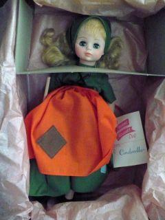 Madame Alexander Poor Cinderella Doll Tag Broom EX Condition 13 Sleepy