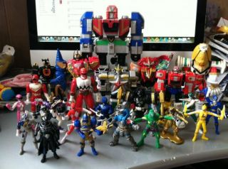 bandai power rangers megazord figures lot the lot is in fair condition