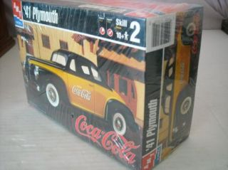 AMT/ERTL 41 PLYMOUTH COCA~COLA KIT Collectible~1/25th scale,NEW