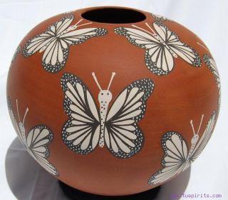 ANA Trillo Mata Ortiz Butterfly Mariposa Pottery Vase