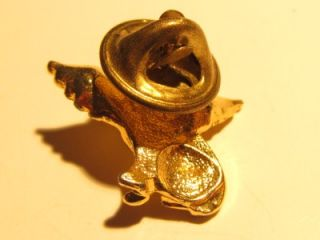 vintage gold tn cat with angel wings tack lapel pin