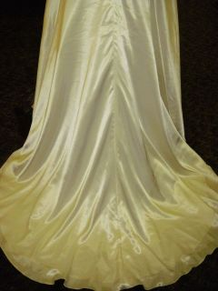 Sz 12 14 ALFRED ANGELO Ivory Satin/Beaded Bridal Gown NWT $895 Wedding