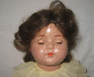 Madame Alexander 17 Composition Dionne Quintuplet Annette Doll