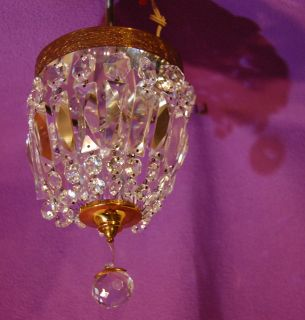VINTAGE HALCOLITE GLASS CRYSTAL PRISM CEILING LIGHT LAMP FIXTURE