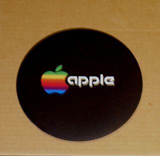 Vintage Apple Computer Rainbow Apple Logo Round Mouse Pad