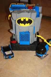 FISHER PRICE IMAGINEXT BATMAN BAT CAVE HOUSE CASTLE DC Super Friend