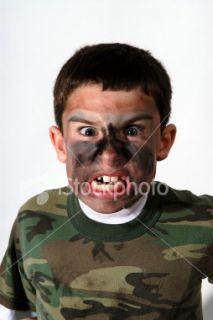 Camouflage, Visage, Peinture, Crier, Enfant  Stock Photo  iStock FR