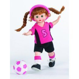 Madame Alexander Wendy Plays Soccer 51525 Doll Articulated Bent Knee 8