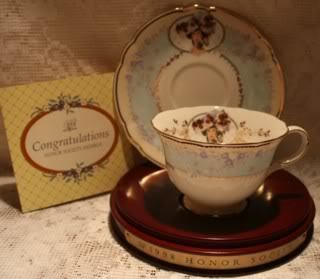 Avon Commemorative Teacup Saucer Set 1998 Mrs Albee
