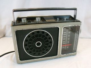 Vintage Zenith Electric Battery Radio R70 Works Am FM