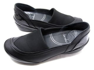 DANSKO WOMENS ANJELICA FLAT BLACK NAPPA LEATHER MEMORY FOAM SIZE 8 5 9