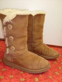 UGG Australia Womens Triplet Bailey Button Winter Boots 1962 Chestnut