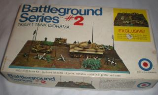Entex 1 72 8506B Battle Ground Series 2 Tiger 1 Tank Diorama