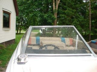 1982 Bayliner Capri Windshield Glass Right Front Panel