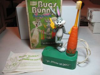 Bugs Bunny Battery Powered Toothbrush in Original Box