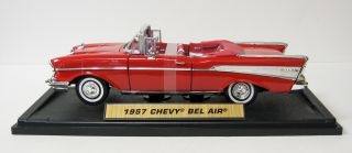 1957 Chevrolet Bel Air Diecast Model Car   Red 118 Scale Motormax