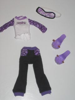 Monster High DEAD TIRED CLAWDEEN WOLF pajama set sleep mask slippers