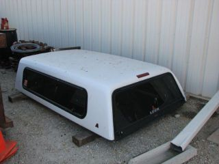 Leer Truck Topper Came Off of A Full Size Chevrolet Bed