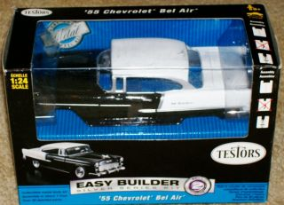 Testors 1955 Chevrolet Bel Air Diecast Model Car Kit 1 24