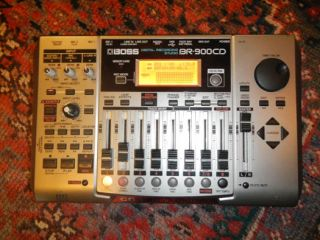 Boss BR 900CD Digital Multi Track Recorder w Headphones Memory Card NR