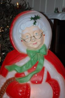BEST CHRISTMAS MRS. SANTA CLAUS BLOW MOLD LIGHTED OUTSIDE YARD DECOR