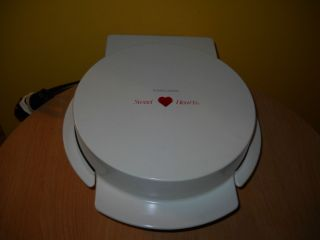 BLACK & DECKER SWEET HEARTS SHAPED WAFFLE MAKER GRILL IRON VALENTINES