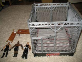 WWE Steel Cage w Jeff Hardy Undertaker and Bobby Lashley figures