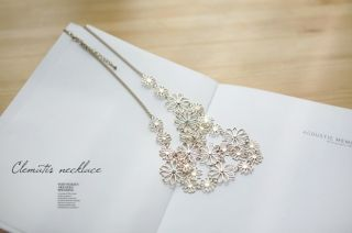 Bohemia Style Gold Plated Rhinestone Hollow Out Flowers Necklace