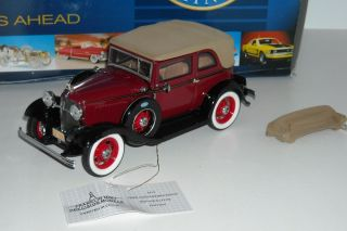 Franklin Mint Bonnie & Clyde 1932 Ford Diecast 124 New see
