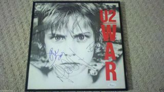 BONO SIGNED FRAMED WAR ALBUM AUTOGRAPH U2 GROUP EDGE CLAYTON EPPERSON