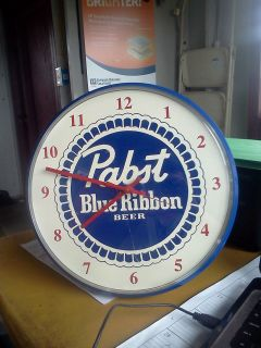 PABST BLUE RIBBON BEER CLOCK BATTERY OPERATED EXCELLENT CONDITION 13