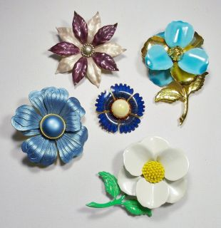 Vintage Lot of Large Colorful Flower Power Brooches Pins