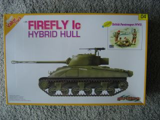 Dragon Cyberhobby 1 35 Firefly Ic Hybrid Hull w Brit Paras Masterbox