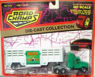 Reds Dairy Tractor Trailer Road Champs HO Scale 1988