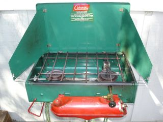 VINTAGE COLEMAN 425D 2 BURNER GAS CAMP COOK STOVE CLEAN WORKS GREAT!