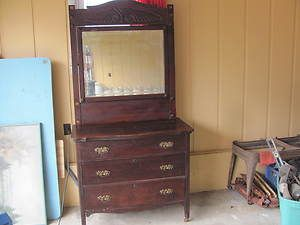 Antique 1900s Solid Wood Oak Dresser with Mirror 1298