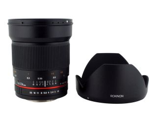 UMC Aspherical Wide Angle Lens for Canon EOS SLR 3pc Filter