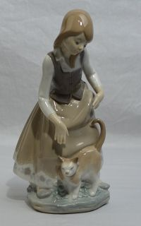 Lladro Little Girl with Cat Figurine 1187 Retired 1972 Mint