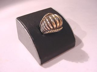 Retired Lagos Caviar 18K Gold Sterling Silver Dome Ring Signed Size 7
