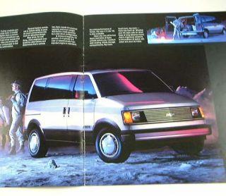 1985 85 Chevrolet Chevy Astro Van Brochure CS CL Sport